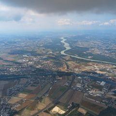 Flugwegposition um 12:40:43: Aufgenommen in der Nähe von Gemeinde St. Valentin, St. Valentin, Österreich in 1615 Meter