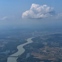 Flugwegposition um 12:43:59: Aufgenommen in der Nähe von Gemeinde Ennsdorf bei Enns, Ennsdorf bei Enns, Österreich in 1643 Meter