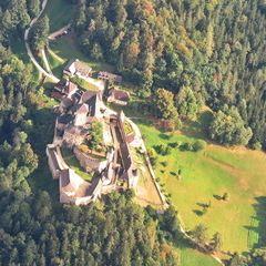 Flugwegposition um 14:23:26: Aufgenommen in der Nähe von Gemeinde Rappottenstein, Österreich in 1975 Meter
