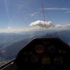 Flugwegposition um 11:51:02: Aufgenommen in der Nähe von Gemeinde Viehhofen, Österreich in 2332 Meter