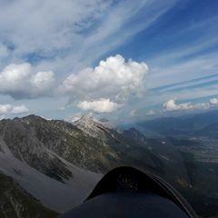 Flugwegposition um 13:42:56: Aufgenommen in der Nähe von Innsbruck, Österreich in 2045 Meter