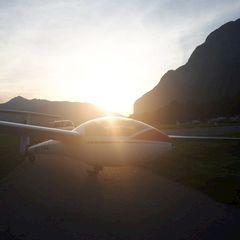 Flugwegposition um 17:03:20: Aufgenommen in der Nähe von Innsbruck, Österreich in 2428 Meter