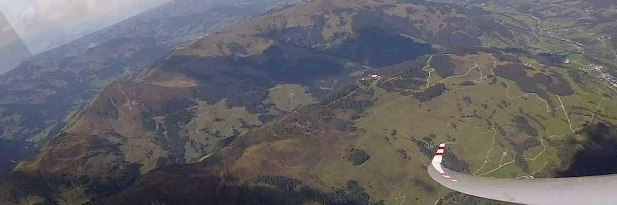 Flugwegposition um 23:00:00: Aufgenommen in der Nähe von Gemeinde Rauris, 5661, Österreich in 2235 Meter