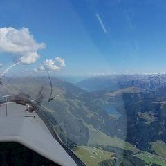 Flugwegposition um 12:39:02: Aufgenommen in der Nähe von Gemeinde Gerlos, 6281 Gerlos, Österreich in 2454 Meter