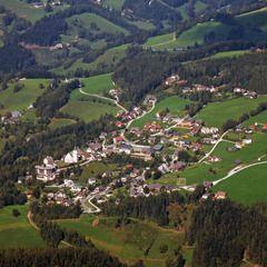 Flugwegposition um 11:46:29: Aufgenommen in der Nähe von Gemeinde Naintsch, Österreich in 1625 Meter