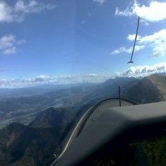 Flugwegposition um 09:12:38: Aufgenommen in der Nähe von Jesenice, Slowenien in 2132 Meter