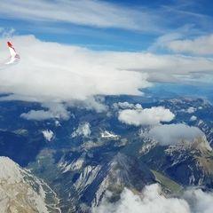 Flugwegposition um 11:55:30: Aufgenommen in der Nähe von Gemeinde Scharnitz, 6108, Österreich in 4418 Meter