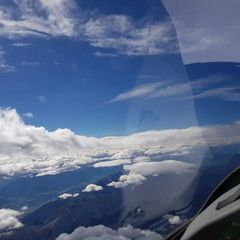 Flugwegposition um 11:52:19: Aufgenommen in der Nähe von Gemeinde Vomp, Österreich in 4502 Meter