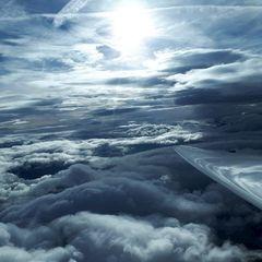 Flugwegposition um 14:48:30: Aufgenommen in der Nähe von Gemeinde Vals, 6154 Vals, Österreich in 4057 Meter