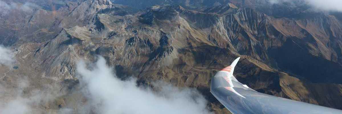 Flugwegposition um 11:44:23: Aufgenommen in der Nähe von Innsbruck, Österreich in 559 Meter