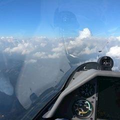 Flugwegposition um 13:08:49: Aufgenommen in der Nähe von Gemeinde Rettenegg, 8674 Rettenegg, Österreich in 2388 Meter