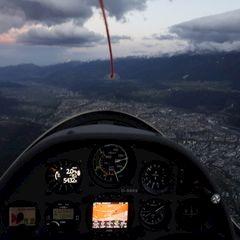 Flugwegposition um 16:02:13: Aufgenommen in der Nähe von Innsbruck, Österreich in 1603 Meter