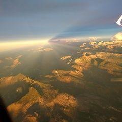 Flugwegposition um 15:38:31: Aufgenommen in der Nähe von Bad Ischl, Österreich in 3704 Meter