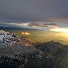Flugwegposition um 15:33:36: Aufgenommen in der Nähe von Gemeinde Hallstatt, Hallstatt, Österreich in 4106 Meter
