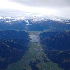 Flugwegposition um 08:04:31: Aufgenommen in der Nähe von Gemeinde Saalfelden am Steinernen Meer, 5760 Saalfelden am Steinernen Meer, Österreich in 4553 Meter