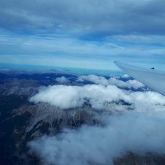 Flugwegposition um 12:59:50: Aufgenommen in der Nähe von Innsbruck, Österreich in 4606 Meter
