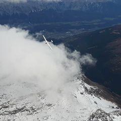 Flugwegposition um 14:48:21: Aufgenommen in der Nähe von Gemeinde Navis, Navis, Österreich in 3923 Meter