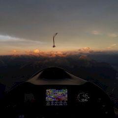 Flugwegposition um 15:42:52: Aufgenommen in der Nähe von Gemeinde Oberhofen im Inntal, Oberhofen im Inntal, Österreich in 2937 Meter