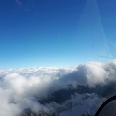 Flugwegposition um 12:59:52: Aufgenommen in der Nähe von Gemeinde Neustift im Stubaital, 6167 Neustift im Stubaital, Österreich in 3055 Meter