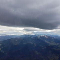 Verortung via Georeferenzierung der Kamera: Aufgenommen in der Nähe von Gemeinde Würflach, 2732, Österreich in 2500 Meter