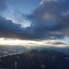 Flugwegposition um 14:20:55: Aufgenommen in der Nähe von Gemeinde Breitenstein, Österreich in 1950 Meter