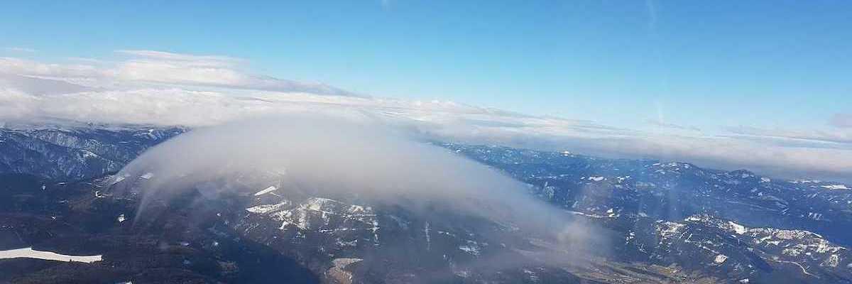 Verortung via Georeferenzierung der Kamera: Aufgenommen in der Nähe von Gemeinde Ternitz, Österreich in 2500 Meter