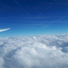 Flugwegposition um 15:13:25: Aufgenommen in der Nähe von Gemeinde Vals, 6154 Vals, Österreich in 3873 Meter