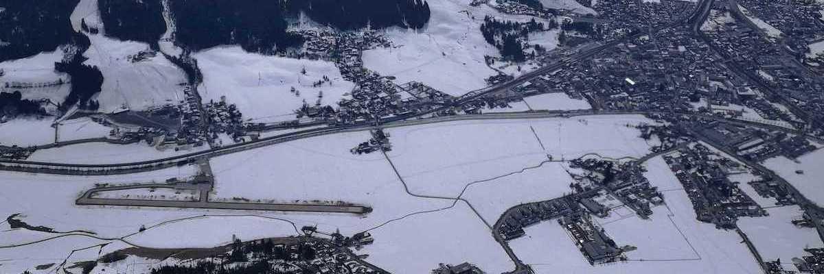 Flugwegposition um 13:05:14: Aufgenommen in der Nähe von Gemeinde Kirchdorf in Tirol, Österreich in 1956 Meter