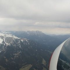 Flugwegposition um 15:41:39: Aufgenommen in der Nähe von Altenberg an der Rax, Österreich in 2375 Meter