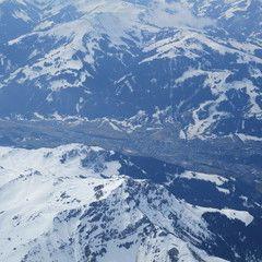 Flugwegposition um 10:16:12: Aufgenommen in der Nähe von Gemeinde Oberndorf in Tirol, 6372 Oberndorf in Tirol, Österreich in 3378 Meter