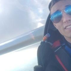 Flugwegposition um 15:13:14: Aufgenommen in der Nähe von Okres Znojmo, Tschechien in 1547 Meter