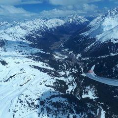 Flugwegposition um 11:36:01: Aufgenommen in der Nähe von Gemeinde St. Anton am Arlberg, 6580 St. Anton am Arlberg, Österreich in 2862 Meter