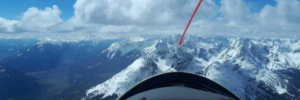 Flugwegposition um 11:09:37: Aufgenommen in der Nähe von Gemeinde Nassereith, Österreich in 2807 Meter