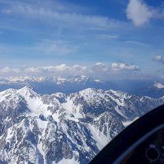 Flugwegposition um 10:19:59: Aufgenommen in der Nähe von Gemeinde Ferlach, Ferlach, Österreich in 2334 Meter