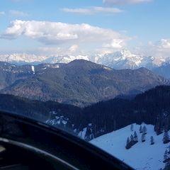 Flugwegposition um 16:07:55: Aufgenommen in der Nähe von Gemeinde Nötsch im Gailtal, Österreich in 2495 Meter