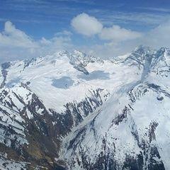 Flugwegposition um 14:10:35: Aufgenommen in der Nähe von Gemeinde Vals, 6154 Vals, Österreich in 2810 Meter