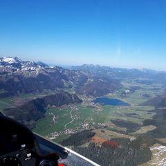 Flugwegposition um 15:22:27: Aufgenommen in der Nähe von Gemeinde Ebbs, Ebbs, Österreich in 1662 Meter