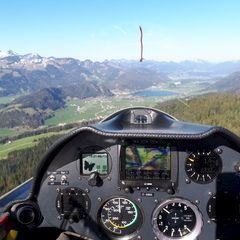 Flugwegposition um 15:21:47: Aufgenommen in der Nähe von Gemeinde Ebbs, Ebbs, Österreich in 1266 Meter