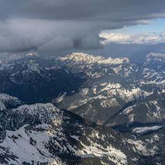 Flugwegposition um 16:10:08: Aufgenommen in der Nähe von Admont, Österreich in 2834 Meter