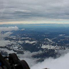 Flugwegposition um 13:53:29: Aufgenommen in der Nähe von Gemeinde Lorüns, Lorüns, Österreich in 4898 Meter