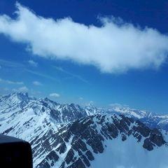 Flugwegposition um 11:54:32: Aufgenommen in der Nähe von Gemeinde Rum, Rum, Österreich in 2380 Meter