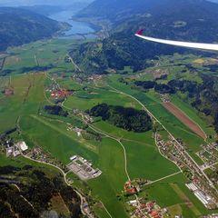 Flugwegposition um 11:18:12: Aufgenommen in der Nähe von Feldkirchen in Kärnten, Österreich in 753 Meter