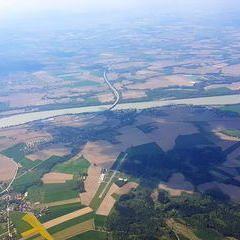 Flugwegposition um 13:25:13: Aufgenommen in der Nähe von Gemeinde St. Florian am Inn, 4782 St. Florian am Inn, Österreich in 1939 Meter