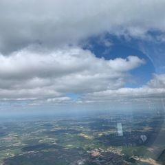 Verortung via Georeferenzierung der Kamera: Aufgenommen in der Nähe von Donau-Ries, Deutschland in 2200 Meter