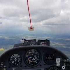 Flugwegposition um 09:58:36: Aufgenommen in der Nähe von Weißenburg-Gunzenhausen, Deutschland in 1711 Meter