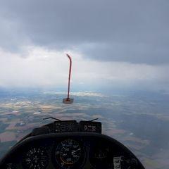 Flugwegposition um 15:41:52: Aufgenommen in der Nähe von Deggendorf, Deutschland in 1589 Meter