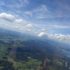 Verortung via Georeferenzierung der Kamera: Aufgenommen in der Nähe von Okres Český Krumlov, Tschechien in 2200 Meter