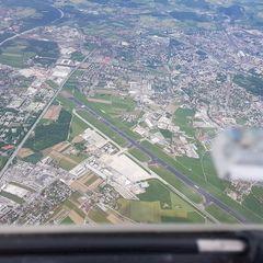 Flugwegposition um 12:43:56: Aufgenommen in der Nähe von Gemeinde Wals-Siezenheim, Österreich in 2541 Meter