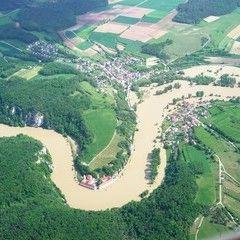 Flugwegposition um 13:41:25: Aufgenommen in der Nähe von Eichstätt, Deutschland in 1535 Meter