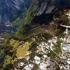 Flugwegposition um 13:00:41: Aufgenommen in der Nähe von Gemeinde Ferlach, Ferlach, Österreich in 2630 Meter